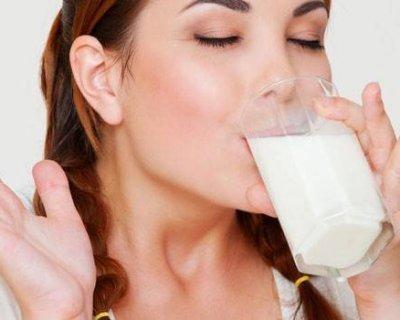 Як пити кефір перед сном, щоб схуднути