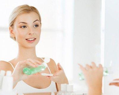 Як зволожити шкіру обличчя в домашніх умовах: 11 простих способів