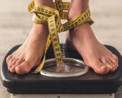 12 корисних звичок, які насправді ведуть до набору ваги