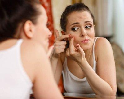 6 порад дерматолога, як можна і не можна позбавлятися від прищів