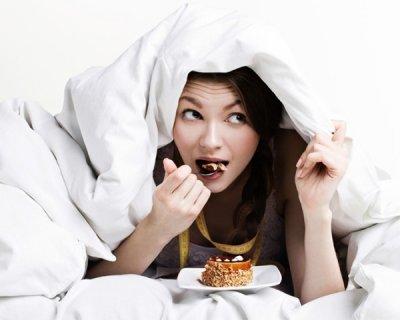 5 продуктів, які ми не рекомендуємо вживати перед сном