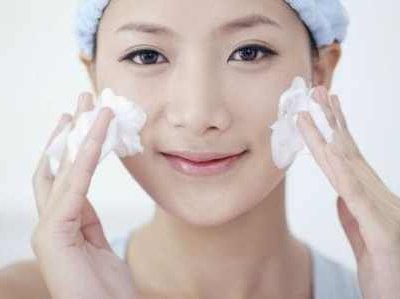 Ретельний догляд і глибоке очищення шкіри