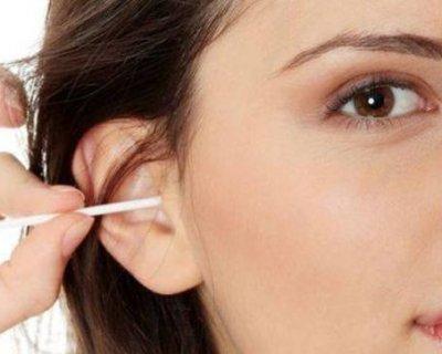 Проста гігієна: як правильно почистити вуха в домашніх умовах