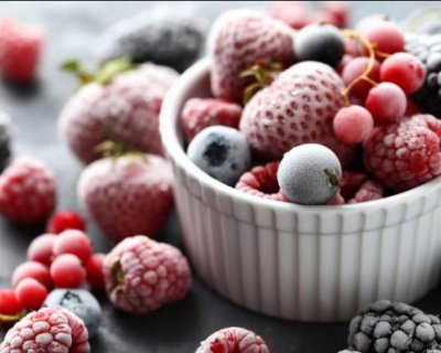Чому заморожені продукти можуть бути набагато корисніше свіжих (і які саме)