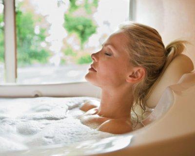 Як правильно приймати ванну: 3 прості (але цілком наукові) поради
