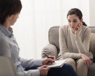 Симптоми неврозів у жінок, чоловіків, підлітків і дітей