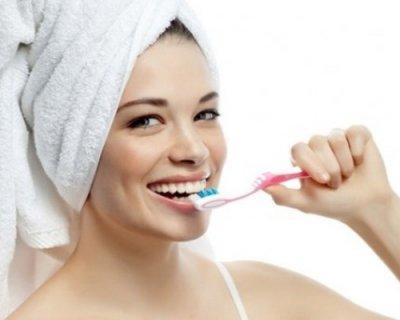 Як доглядати за зубами: 7 головних порад стоматолога (вже досить для голлівудської посмішки)