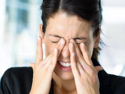13 симптомів захворювань очей (ігнорувати деякі дуже небезпечно)