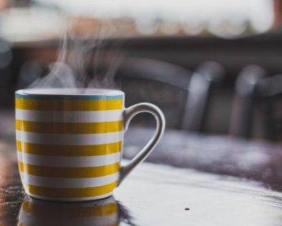 Як правильно заварювати чай і каву, і як вода впливає на їх смак