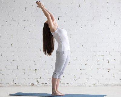 «Не сутулячись»: 3 простих і ефективних вправи для красивої постави