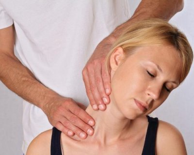 10 питань остеопату: чим сеанси відрізняються від масажу, кому вони потрібні, а кому - протипоказані